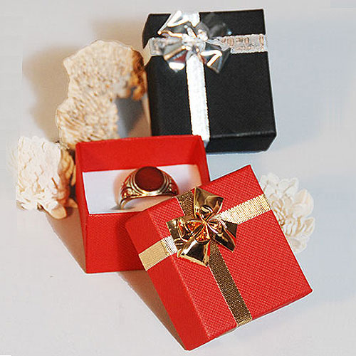 bow tie ribbon boxes linen textured black or red. Black Bedroom Furniture Sets. Home Design Ideas