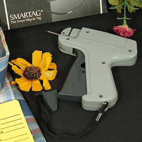 Regular Fabric Tagging Gun- Includes 1 Needle and Spare Cutter