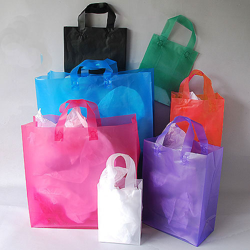 essay on poly bags Check out our plastic bags essay plastic bags are the preferred mode of packaging for many products in the markets of today this is due to the fact that they are light, inexpensive and easy to produce.